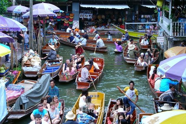 Плавучие рынки в Тайланде