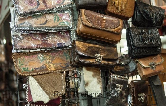 Сувениры из кожи
