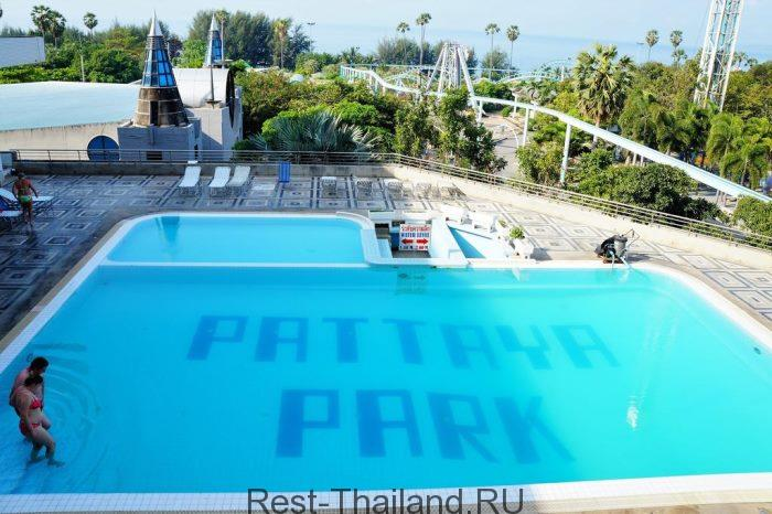 Бассейн Pattaya Park Beach Resort 3