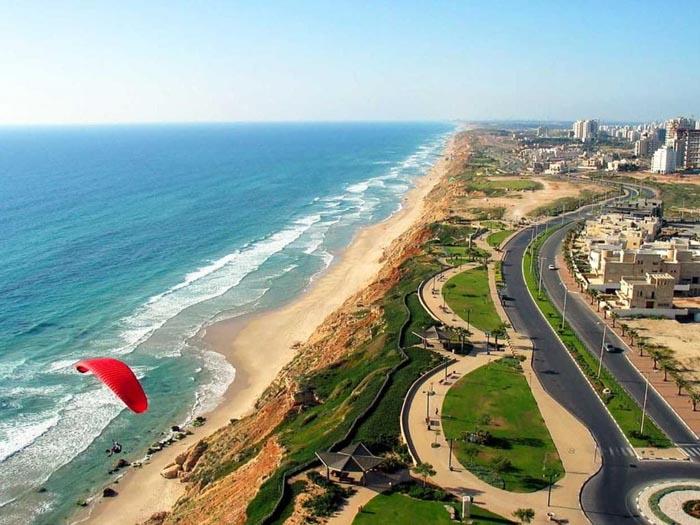 Куда поехать на Новый год в Израиль на море?