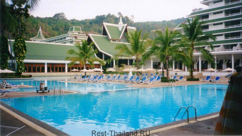 Отель le meridien phuket