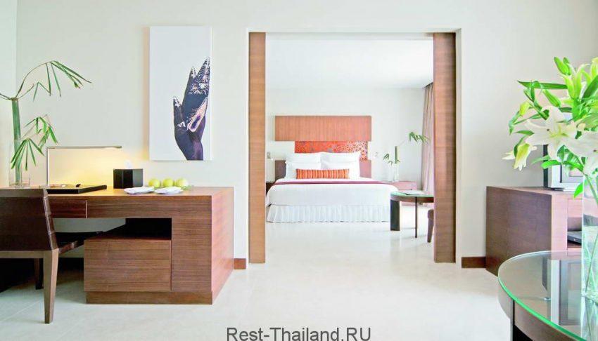 Номер отеля millennium resort patong 5