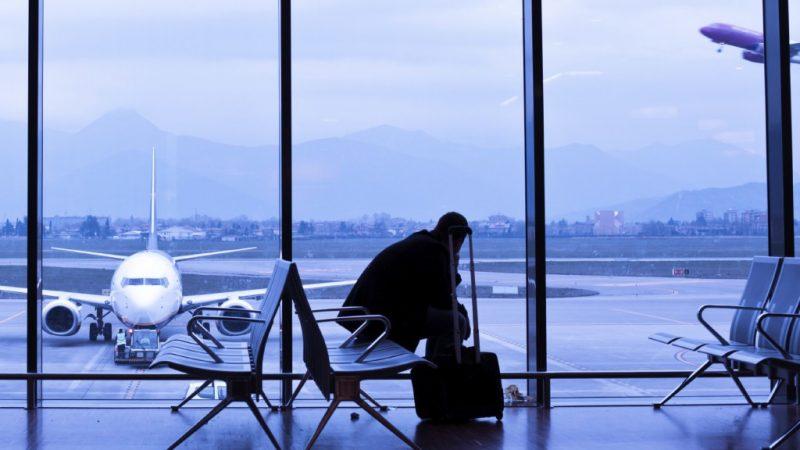 Задержка рейса в России. На что можно рассчитывать?