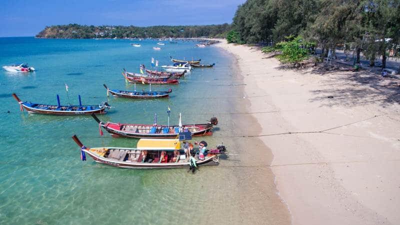 Пляж Равай