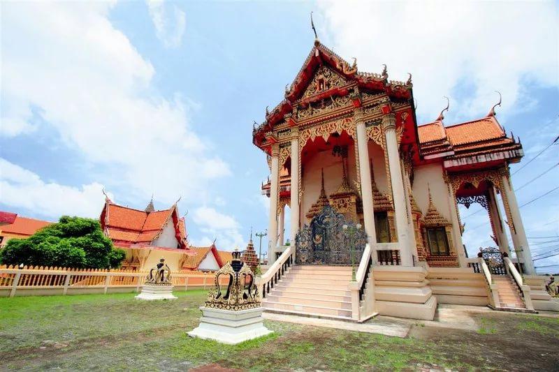 Буддийский храм Суван Кхири