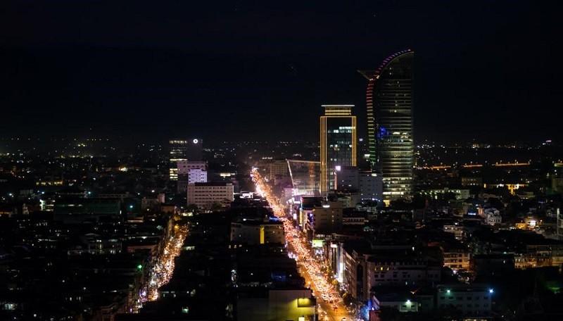 Ночной Пномпень