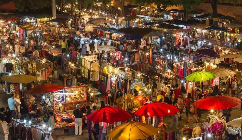 ночной рынок в Чиангмай