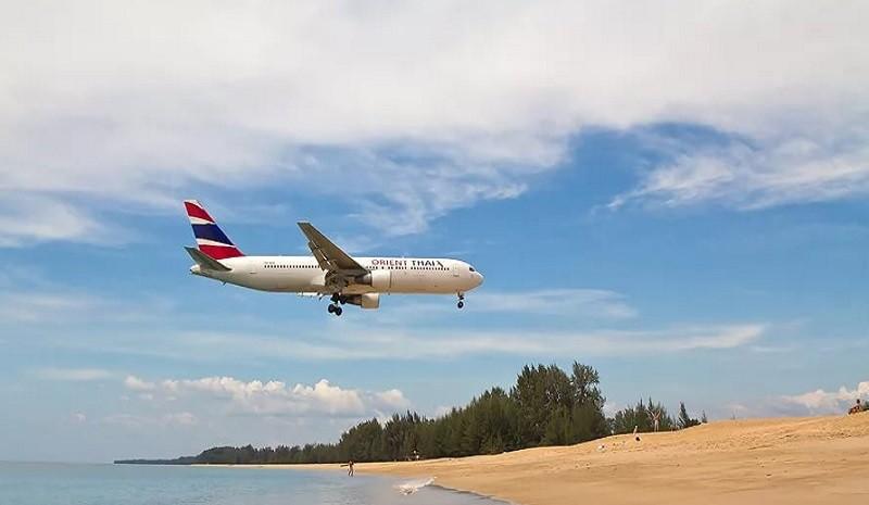Перелет. Пляжный берег Таиланда.